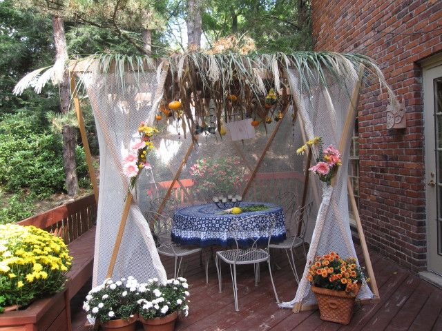 Sukkahsoul Customers Enjoy Their Beautiful Sukkah Each